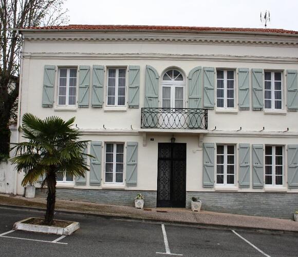 Vente Maison 12 pièces 250m² SECTEUR SAMATAN-LOMBEZ - photo