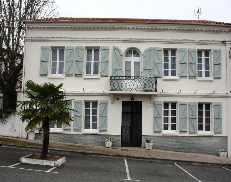 Sale House 12 rooms 250m² SECTEUR SAMATAN-LOMBEZ - photo