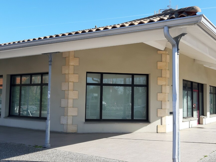 Location Local commercial 6 pièces Audenge (33980) - photo