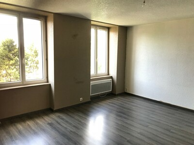 Location Appartement 4 pièces 84m² Saint-Étienne (42000) - Photo 1