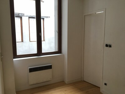 Location Appartement 2 pièces 42m² Saint-Étienne (42000) - Photo 6