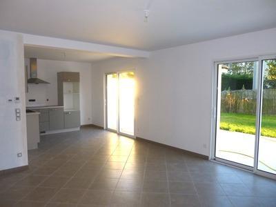 Location Appartement 3 pièces 76m² Andrézieux-Bouthéon (42160) - Photo 1
