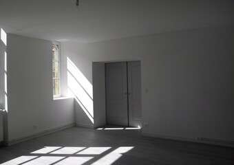 Location Appartement 4 pièces 108m² Charlieu (42190) - photo 2
