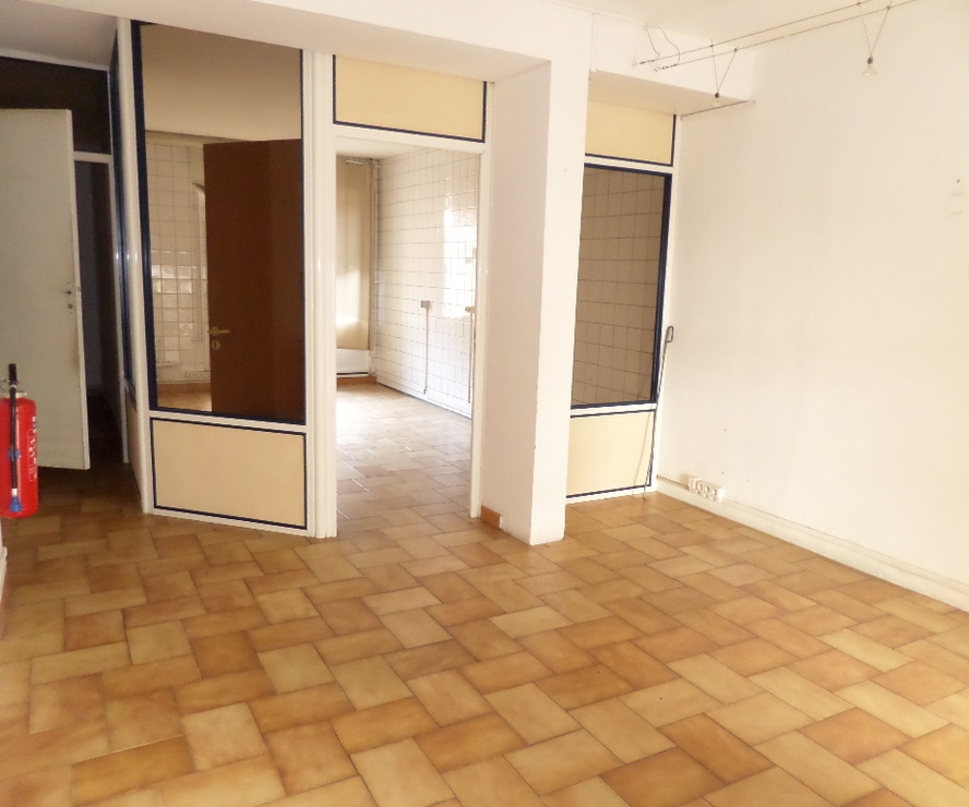 Location Local commercial 3 pièces 44m² Cavaillon (84300) - photo