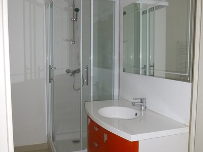 Location Appartement 5 pièces 155m² Saint-Étienne (42000) - Photo 11