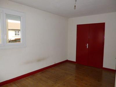 Location Appartement 2 pièces 52m² Montrond-les-Bains (42210) - Photo 2