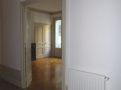 Location Appartement 5 pièces 155m² Saint-Étienne (42000) - Photo 14