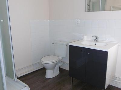 Location Appartement 2 pièces 39m² Billom (63160) - Photo 9