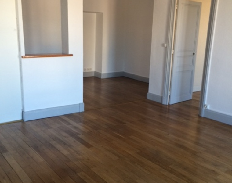 Location Appartement 83m² Roanne (42300) - photo