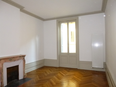 Location Appartement 5 pièces 155m² Saint-Étienne (42000) - Photo 6