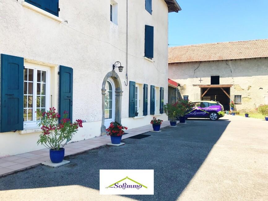 Vente Maison 10 pièces 190m² La Tour-du-Pin (38110) - photo