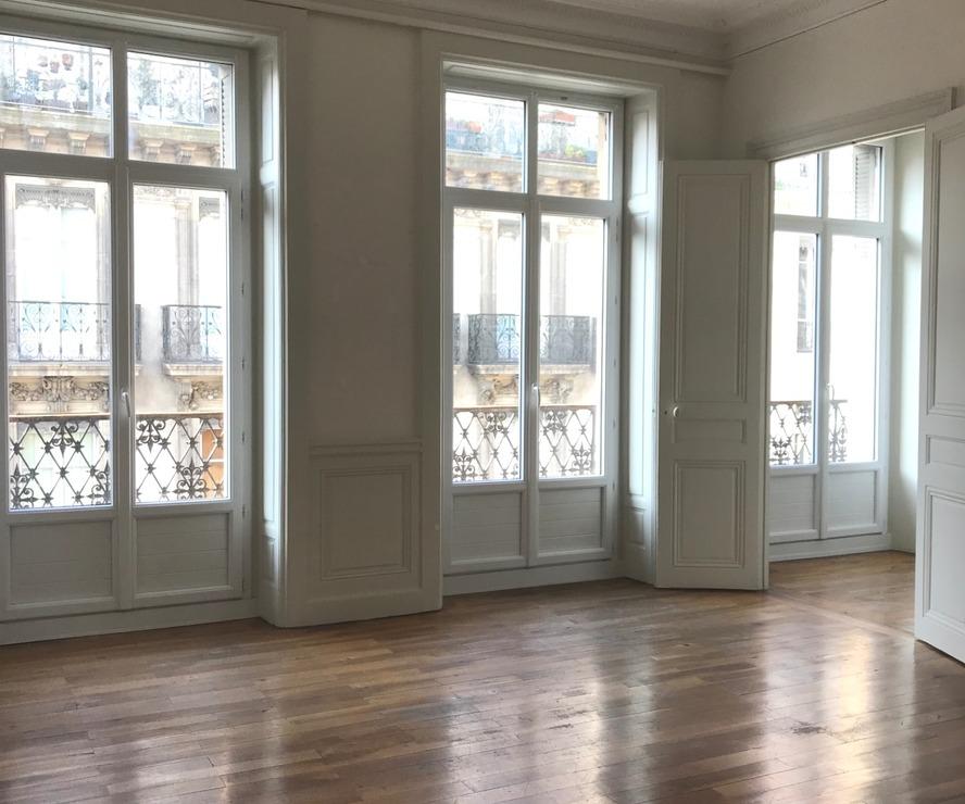vente appartement 5 pi ces grenoble 38000 450711. Black Bedroom Furniture Sets. Home Design Ideas