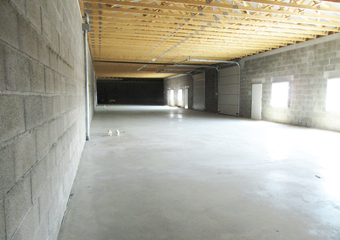 Location Local industriel 100m² Sury-le-Comtal (42450) - Photo 1