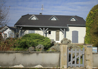 Vente Maison 5 pièces 138m² Luxeuil-les-Bains 70300 - Photo 1