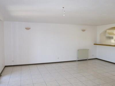 Location Appartement 3 pièces 74m² Saint-Étienne (42000) - Photo 9