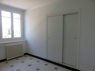 Location Appartement 4 pièces 106m² Pau (64000) - Photo 6