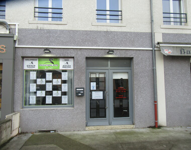 Location Local commercial 1 pièce 29m² Saint-Georges-d'Espéranche (38790) - photo