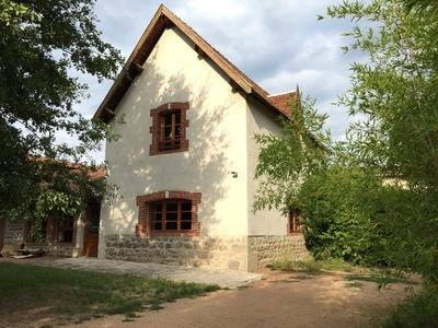Location Maison 4 pièces 107m² Grézieux-le-Fromental (42600) - Photo 1