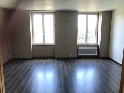 Location Appartement 4 pièces 84m² Saint-Étienne (42000) - Photo 8