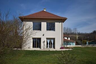 Vente Maison 6 pièces 137m² Saint-Blaise-du-Buis (38140) - photo