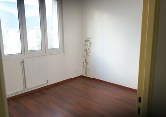 Sale Apartment 4 rooms 62m² Seyssinet-Pariset (38170) - photo
