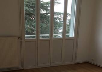 Vente Appartement 3 pièces 53m² Sathonay-Camp (69580) - Photo 1