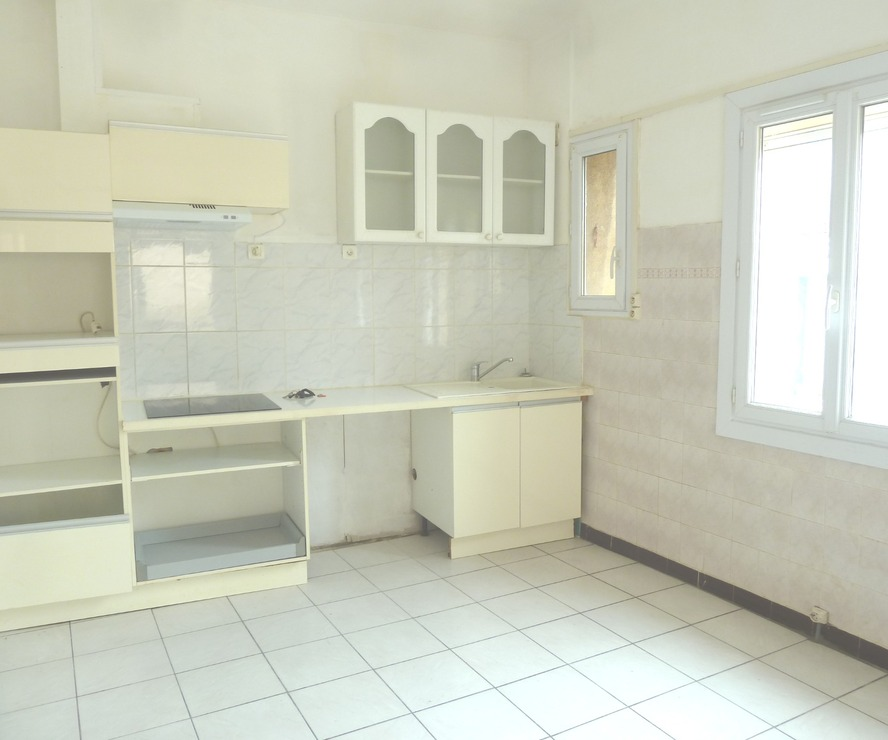 Location Appartement 3 pièces 56m² Saint-Hippolyte (66510) - photo