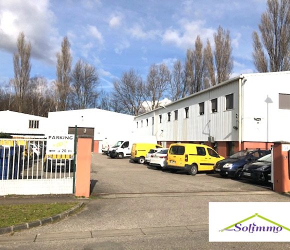 Vente Local commercial 1 800m² Eybens (38320) - photo