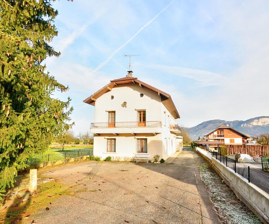Sale House 165m² Saint-Pierre-en-Faucigny (74800) - photo