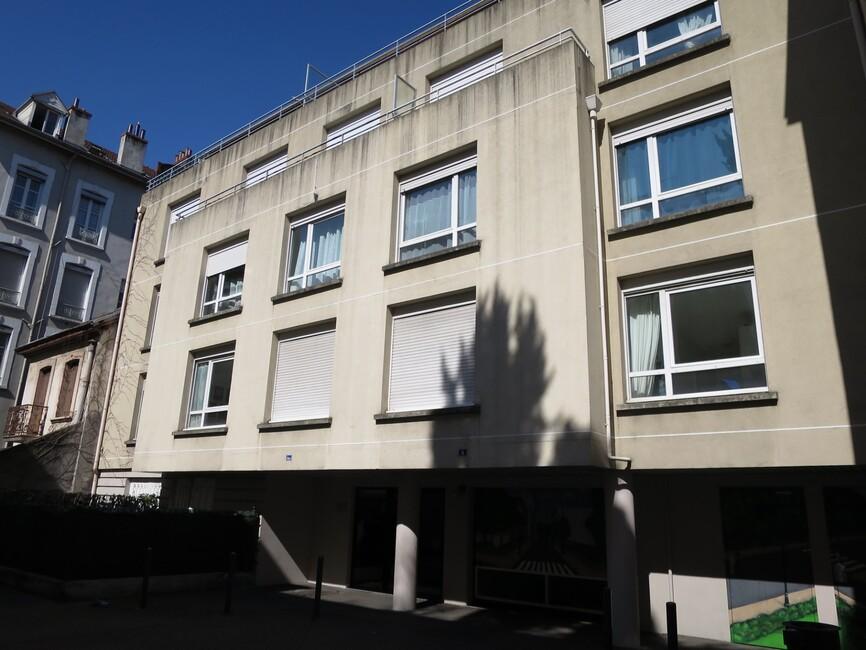 Location Garage 12m² Grenoble (38000) - photo