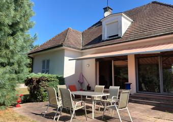 Sale House 6 rooms 136m² Luxeuil-les-Bains (70300) - Photo 1