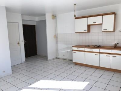 Location Appartement 2 pièces 44m² Saint-Étienne (42100) - Photo 1