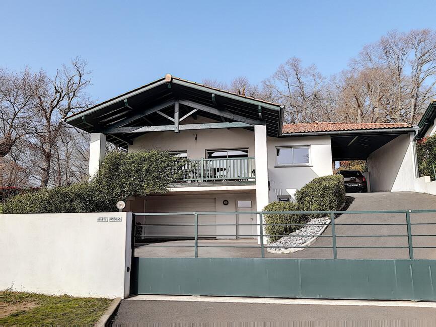 Vente Maison 4 pièces 130m² HASPARREN - photo