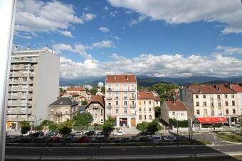 Sale Apartment 3 rooms 45m² Grenoble (38100) - Photo 1