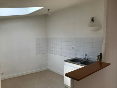 Location Appartement 3 pièces 55m² Saint-Étienne (42000) - Photo 2