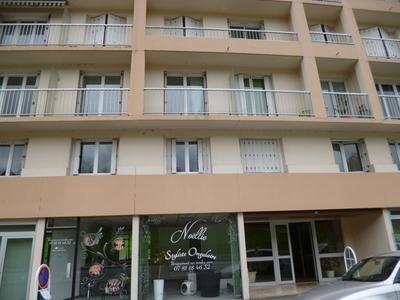 Location Appartement 1 pièce 31m² Pau (64000) - Photo 7