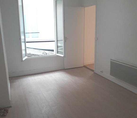 Sale Apartment 2 rooms 27m² Paris 19 (75019) - photo