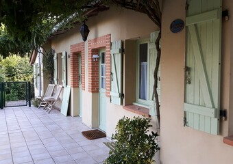 Sale House 8 rooms 300m² Samatan (32130)