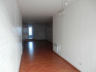 Location Local commercial 1 pièce 42m² Dax (40100) - Photo 2