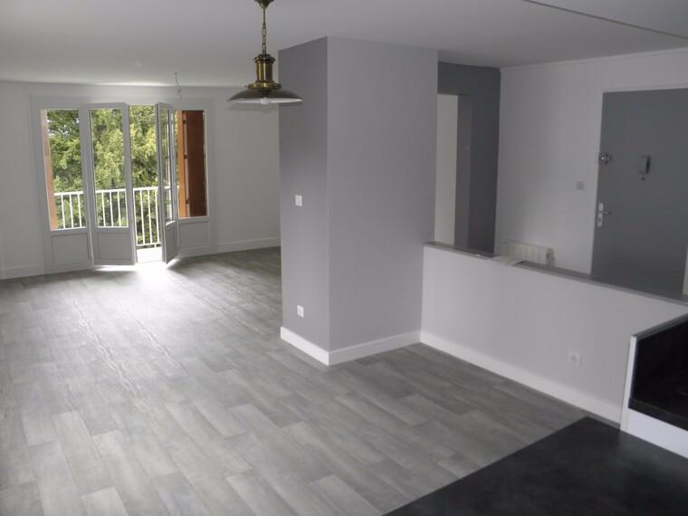 Location Appartement 83m² La Clayette (71800) - photo