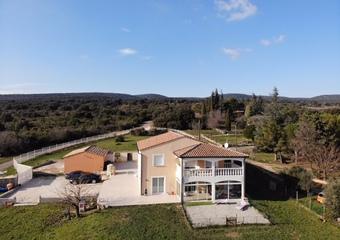 Vente Maison 6 pièces 320m² Bourg-Saint-Andéol (07700) - Photo 1