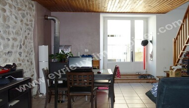 Sale House 70m² Dunieres-Sur-Eyrieux (07360) - photo