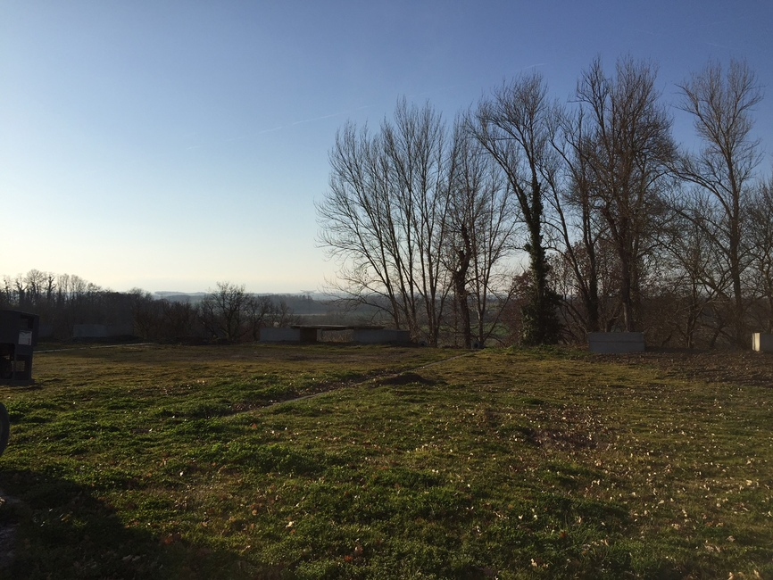 Sale Land 283m² SECTEUR RIEUMES - photo