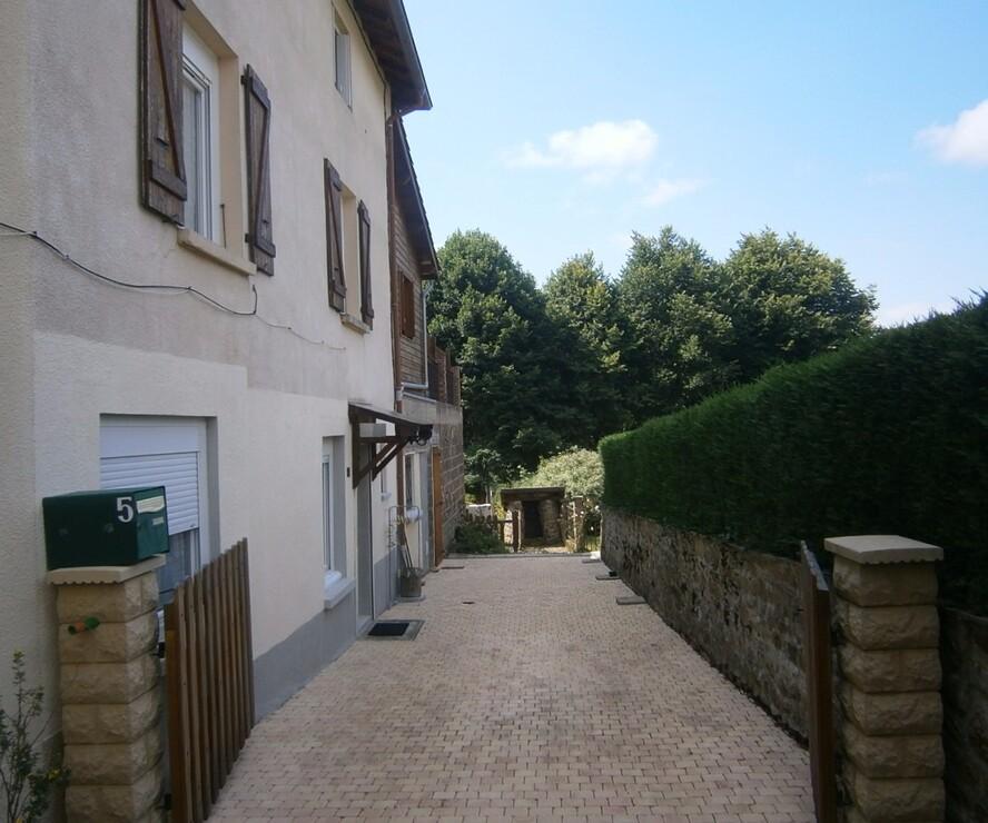 Vente Maison 5 pièces 145m² Saint-Vincent-de-Reins (69240) - photo
