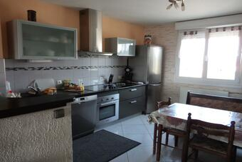 Sale Apartment 4 rooms 70m² LURE - photo
