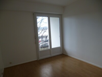 Location Appartement 3 pièces 72m² Pau (64000) - Photo 6