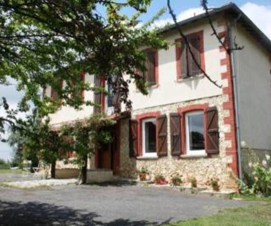 Sale House 180m² SECTEUR L'ISLE EN DODON - photo