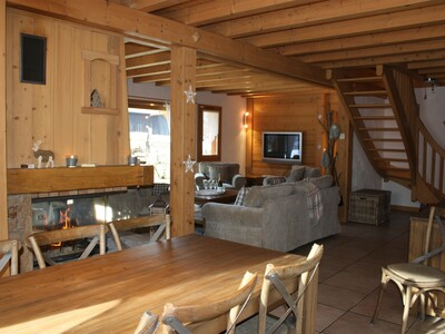 Sale House 6 rooms 170m² SAMOENS - Photo 2