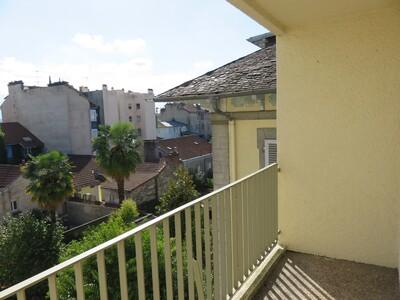 Location Appartement 3 pièces 70m² Pau (64000) - Photo 3