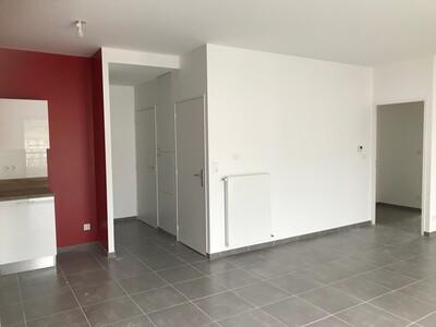 Location Appartement 3 pièces 73m² L' Étrat (42580) - Photo 16